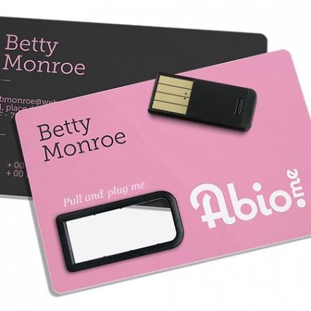 marketing-usbs-p-per-the-paper-card--fbHcWL8DBGuU